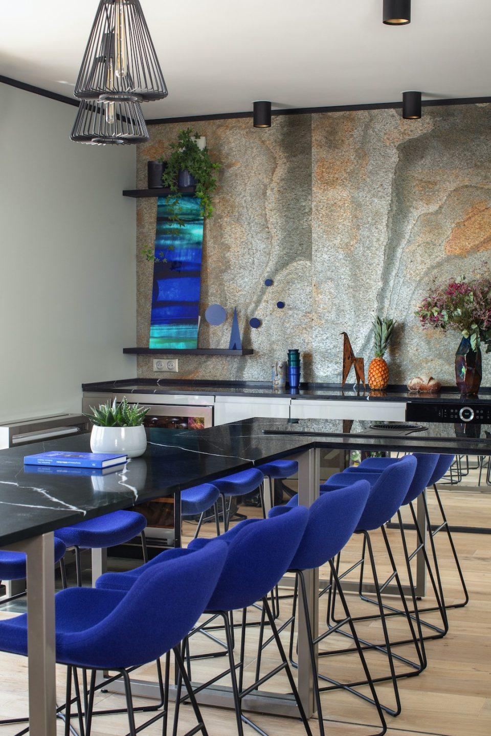 Feuille de pierre 100% naturelle StoneLeaf modèle Paris sur mur